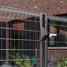 China Wire Mesh Fence Panels Garden Fence Gate Galvanizing Metal Fence Gate China Fence Fitting