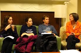 Tallman Scholar Susan Faludi Advises Students on Op-ed Writing | Bowdoin  News Archive