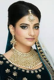 juhi ramrakhiani hair and make up