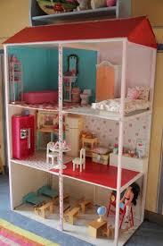 la maison de poupée le de