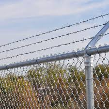 What To Consider Before Choosing A Fence Material Sereno Fence