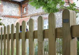 10 Easy Pieces Picket Garden Gates Gardenista