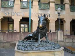 animal art and statues