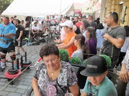 Fotogalerie: Silní muži udivovali publikum, slunce pálilo a diváci tleskali  jako diví..., snímek: 31298 - Obzory Kutnohorska