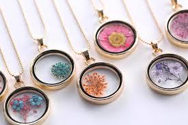 glass locket dry flowers diy necklace