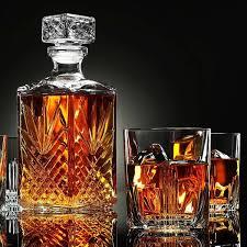 elisabetta 7 piece whiskey decanter set