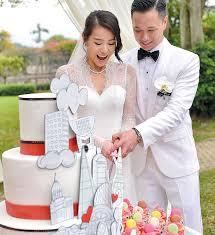 See exclusive pictures from Hong Kong actress Myolie Wu's garden wedding! |  herworldPLUS | ภาพถ่ายคู่รัก