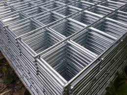 Stainless Steel Welded Wire Mesh Sheet 8ftx4ft 1 2 Inch 12 5mm Mesh