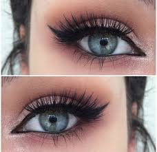prom makeup styles for blue eyes
