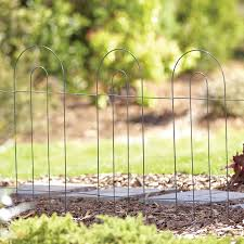 Garden Accents Common 1 In X 18 In X 32 In Actual 0 2 In X 120 In X 32 In Fence 10 Green Metal Steel Garden Edging In The Garden Fencing Department At Lowes Com