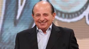 Giancarlo Magalli: chi è, età, carriera, curiosità e vita privata ...