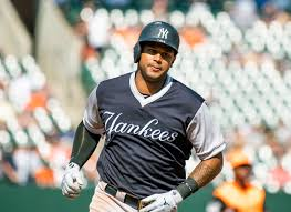 Aaron Hicks, Yankees Agree to Contract Extension - SportzBonanza