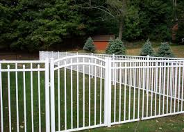 3 Rail White Aluminum Fence Style Canterbury With Self Closing Arched Gate Knox Fence