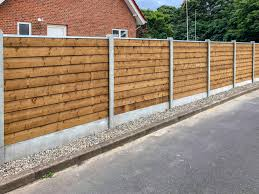 Xl Fence Wood Brown Doubleclink Private House Xl Fence Future Fencing