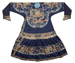 Chaopao, Qing dynasty, Kangxi period, 18th century, 134 x 218 cm. The Sam  and Myrna Myers Collection. Photo … | Asian outfits, Traditional outfits,  Dynasty clothing