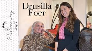 Drusilla Foer - Elisa Sergi - YouTube