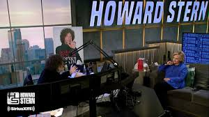 Fox News host Sean Hannity can't figure out why Howard Stern 'hates Trump  and loves' Hillary Clinton - MarketWatch