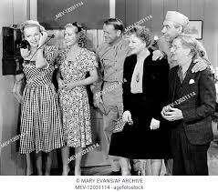 Elyse Knox, Dorothea Kent, Murray Alper & Marjorie Rambeau Characters:  Jerry Van Dyke, Louise, Mike, Stock Photo, Picture And Rights Managed  Image. Pic. MEV-12031114 | agefotostock