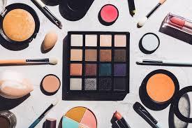 basic makeup essentials the teelie