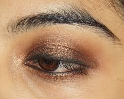 a simple smokey eye tutorial for indian