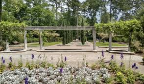 park spotlight mercer botanic garden