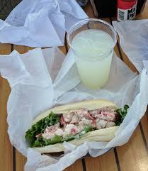 West Coast – Maine Lobster Roll