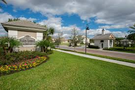 homes for in hickory hammock