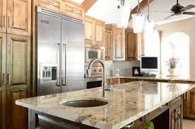 Sử dụng đá granite trong thiết kế bàn bếp