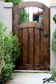 Gorgeous Italian Wood Side Gate For The Home Pinterest Wood Fence Gates Backyard Gates Wooden Garden Gate