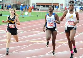 Kenya Smith endures long day at state meet | Sports | heraldbanner.com