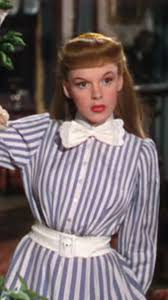 """Ivy Stewart on Twitter: """"Love that Megan Markle is channeling the one and  only Judy Garland from Meet Me in St. Louis! #Wimbeldon #MeetMeInSTL  #TennisFinery… https://t.co/pAvts19OXi"""""""