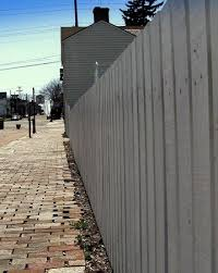 Paint The Whitewash Fence Like Tom And Friends Picture Of Mark Twain Boyhood Home And Museum Hannibal Tripadvisor