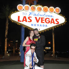 elvis las vegas sign wedding the
