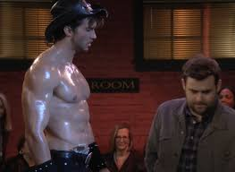 Adam Hagenbuch in Undateable Episodes 3.12-13 160204 15 | Male Celeb News