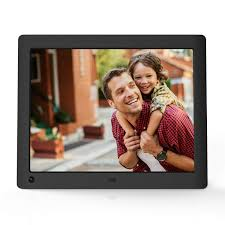 how to choose a digital picture frame