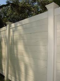 Horizontal Multi Vertigrain Vinyl Privacy Fence