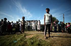 Een lockdown? Dat werkt in de sloppenwijken van Zuid-Afrika niet ...