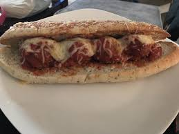 cheese bread better than subway sub