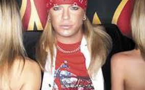 Get on the 'Bus': Bret Michaels brings his show to Hankinson ...