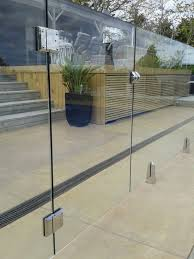 Hydraulic Pool Gate Hardware Polaris By Glass Vice Products Eboss Balcony Glass Design Pool Gate Balustrade Design