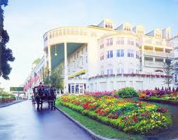grand hotel offers special room rates