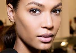 5 makeup tricks for s with narrow faces