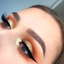 do black and gold makeup look