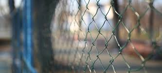 Make An Affordable Chicken Wire Fence Doityourself Com