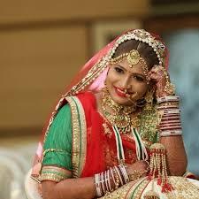 bridal makeup artist serving brides