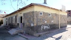 Türk Kızılay, Elazığ'da depremde zarar gören köy okullarını ...