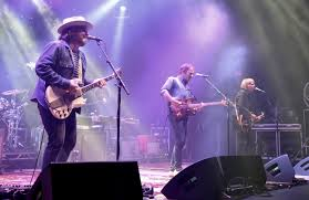 "Wilco Reveals New Unreleased Song ""Myrna Lee"" - mxdwn Music"