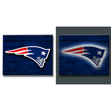 New England Patriots Lit Wooden Wall Decor Gameday Connexion Sports Memorabilia Collectibles