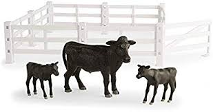 Amazon Com 1 16th Big Farm Cow Calf Animal Set With Fence Toys Games