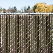 Yardgard 4 Ft H X 10 Ft W Brown Channel Lock Single Wall Privacy Slats Vinyl Fence Panel 330148sbr The Home Depot